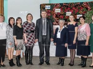 """Victor DARII și membrii Comisiei Metodice a învățământului primar din cadrul LT """"Ștefan cel Mare"""""""