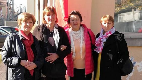 Maria BUNESCU (a treia din stânga)