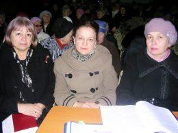 Moment de la training-ul de instruire a potenţialilor plătitori de impozite (de la stânga la dreapta) Ludmila CHIŢAN, Ala MARCU, Aurelia BABII