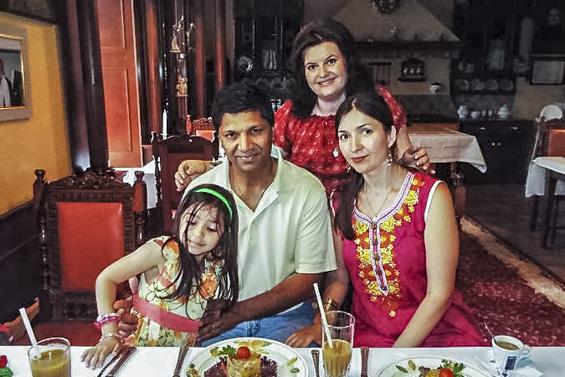 Adelina MORARU din Țarigrad cu familia sa, cu care locuiește în America