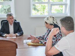 Corneliu Padnevici pătrunde în esenţa problemei a doi petiţionari din s. Popeştii de Sus