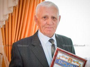 Octogenarul de la Țarigrad, Filip ZAPOROJAN, cu diploma din partea Ministerului Educației