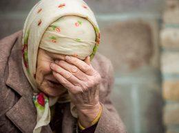 Из мизерной пенсии еще давать на благо предприятия / Poză simbol