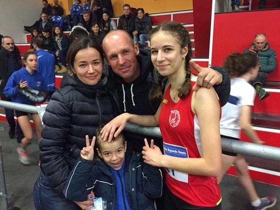 Succesul tinerei atlete este bucuria întregii familii MIHAI / Foto din arhiva familiei Mihai
