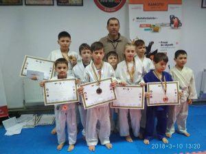 Победители в детском чемпионате джиу-джитсу