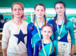 Людмила Мунтян со своими воспитанницами