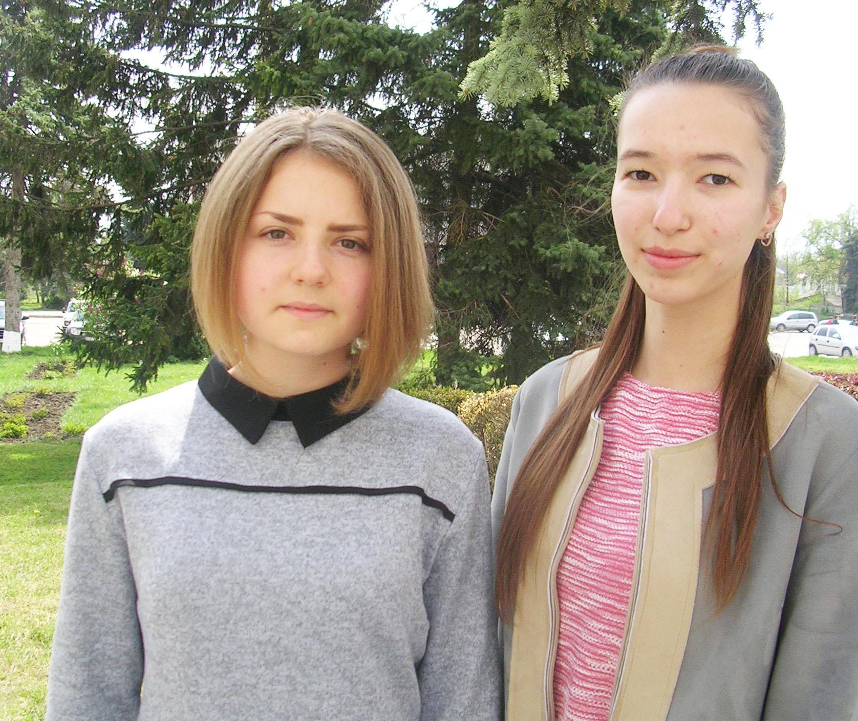 Ксения Чеботарь (слева) и Аня Ротар