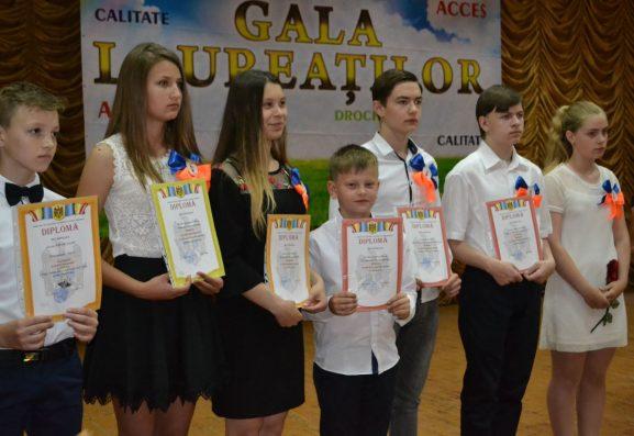Premianții Gimnaziului nr. 2, or. Drochia (director Lilia BÂNZARI)