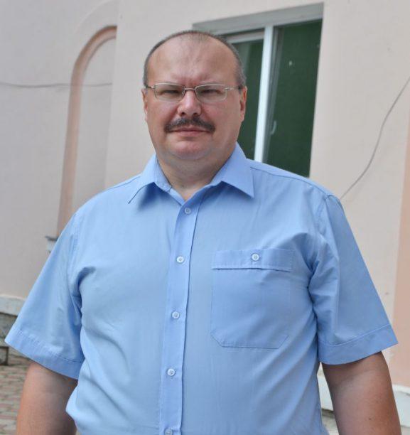 Eduard CIUBOTARU, şeful secţiei consultative