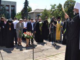 Mitropolitul Chișinăului și al Întregii Moldove, Vladimir, binecuvântează drochienii