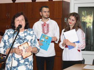 Galina MÂȚĂ și moderatorii Nicolae COVALI și Daniela FURTUNĂ