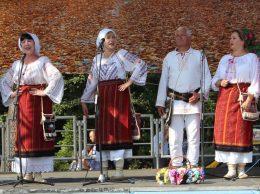 """""""Busuioc""""-ul a cântat şi a încântat """"Serbările pădurii"""" de la Vorona, judeţul Botoşani, România"""