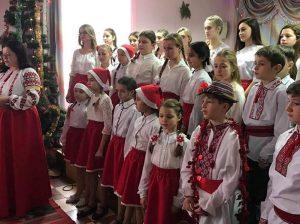 """""""Haiduceii Peliniei"""", conduși de Nina RICIU (la stânga) sunt cunoscuți în țară și peste hotare"""