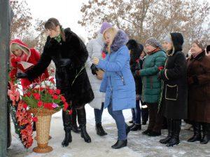 Florile recunoștinței pentru Poetul Mihai Eminescu și opera eminesciană