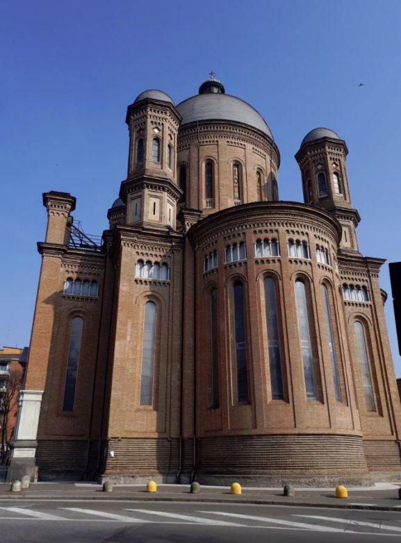 Construcţii seculare împodobesc localităţile italiene