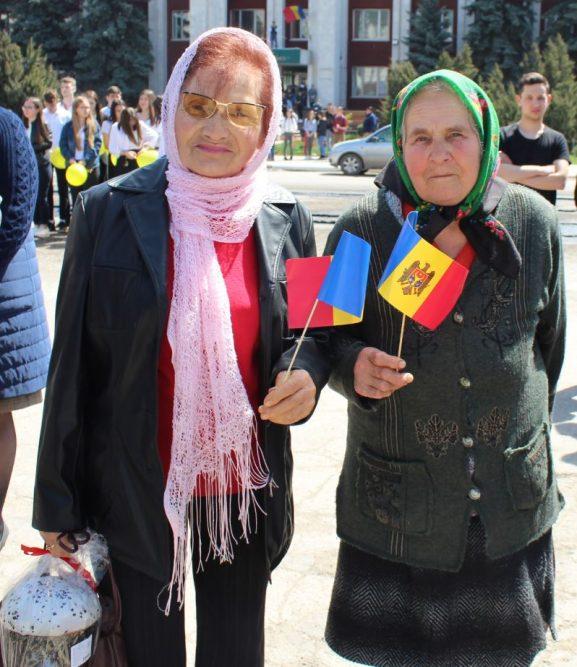 La Drochia a fost marcată solemn Ziua Drapelului de Stat