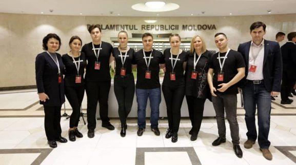 """Echipa """"Meritocraţii"""", IPLT """"M. Eminescu"""", Drochia, deținătoarea locului II"""