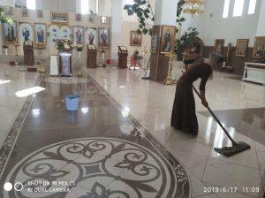 Curăţenia spirituală presupune şi curăţenia lăcaşului