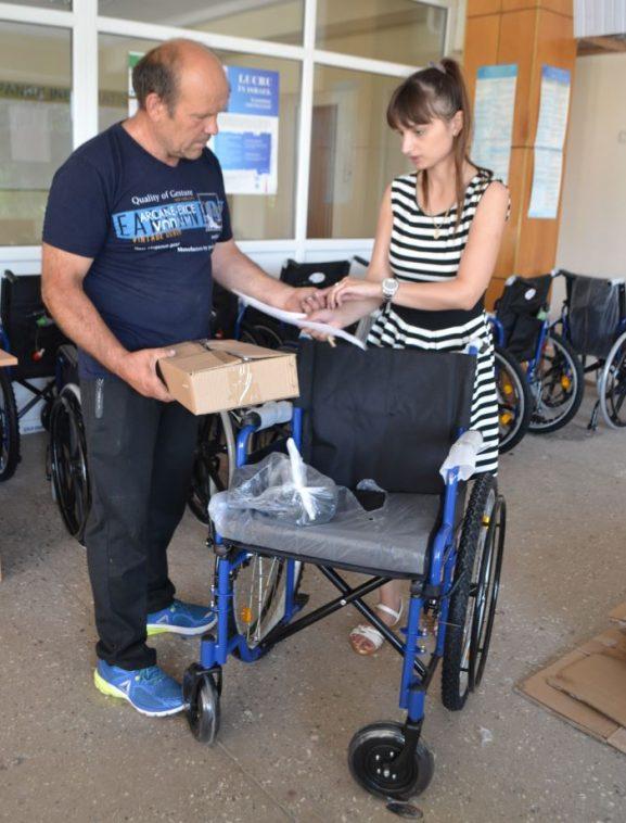Fotolii rulante pentru persoanele cu dizabilităţi