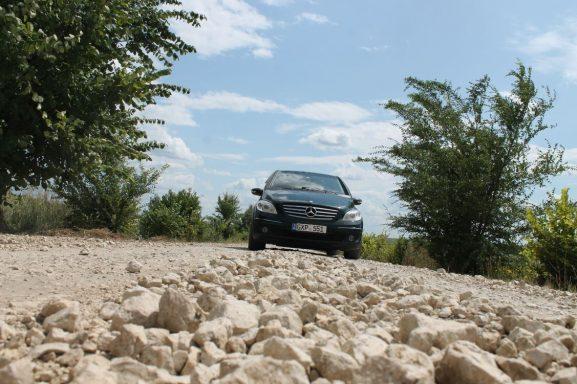 Actualul drum dinspre orașul Drochia spre Baroncea Nouă