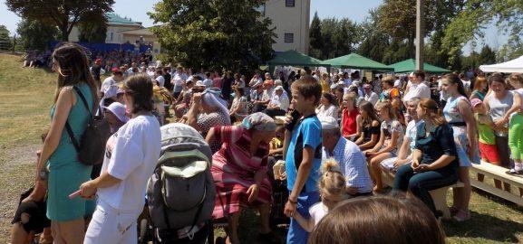Lume multă şi bună a adunat festivalul ţarigrădean. Plăcerea sărbătorii a fost una comună şi profundă