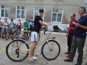 """Ciclismul este o cursă captivantă pentru toți cei care doresc să-și încerce forțele la măiestria de a se deplasa """"pe două roți""""."""