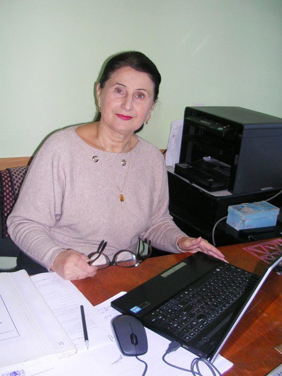 Виорелия РОТАРУ