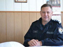 Valeriu LISNIC, şef, Secția resurse umane