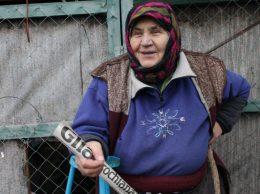"""Eugenia RUSU din satul Pelinia este o pensionară cu suflet tânăr şi vivace. Ea tinde a se menţine pe valul informaţional, de aceea abonează """"Glia"""" şi are tot dreptul să pună întrebarea de mai sus"""