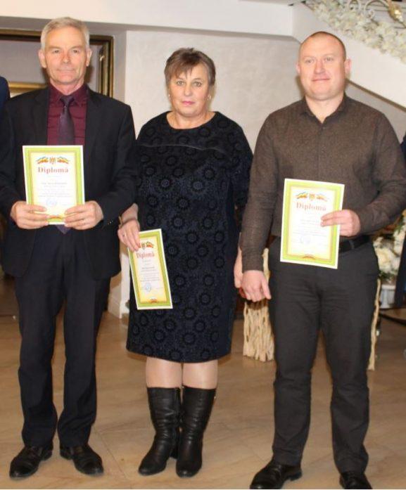 (De la stânga) Petru BĂRBIERU, primar, satul Ţarigrad; Raisa VACARI, primar, satul Pervomaiscoe; Ion LUPAŞCU, primar, satul Mândâc