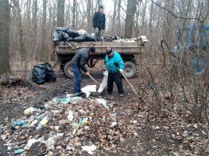 Столько мусора не видели даже видавшие виды комунальщики