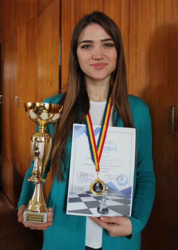 Anastasia ADĂSCĂLIȚĂ