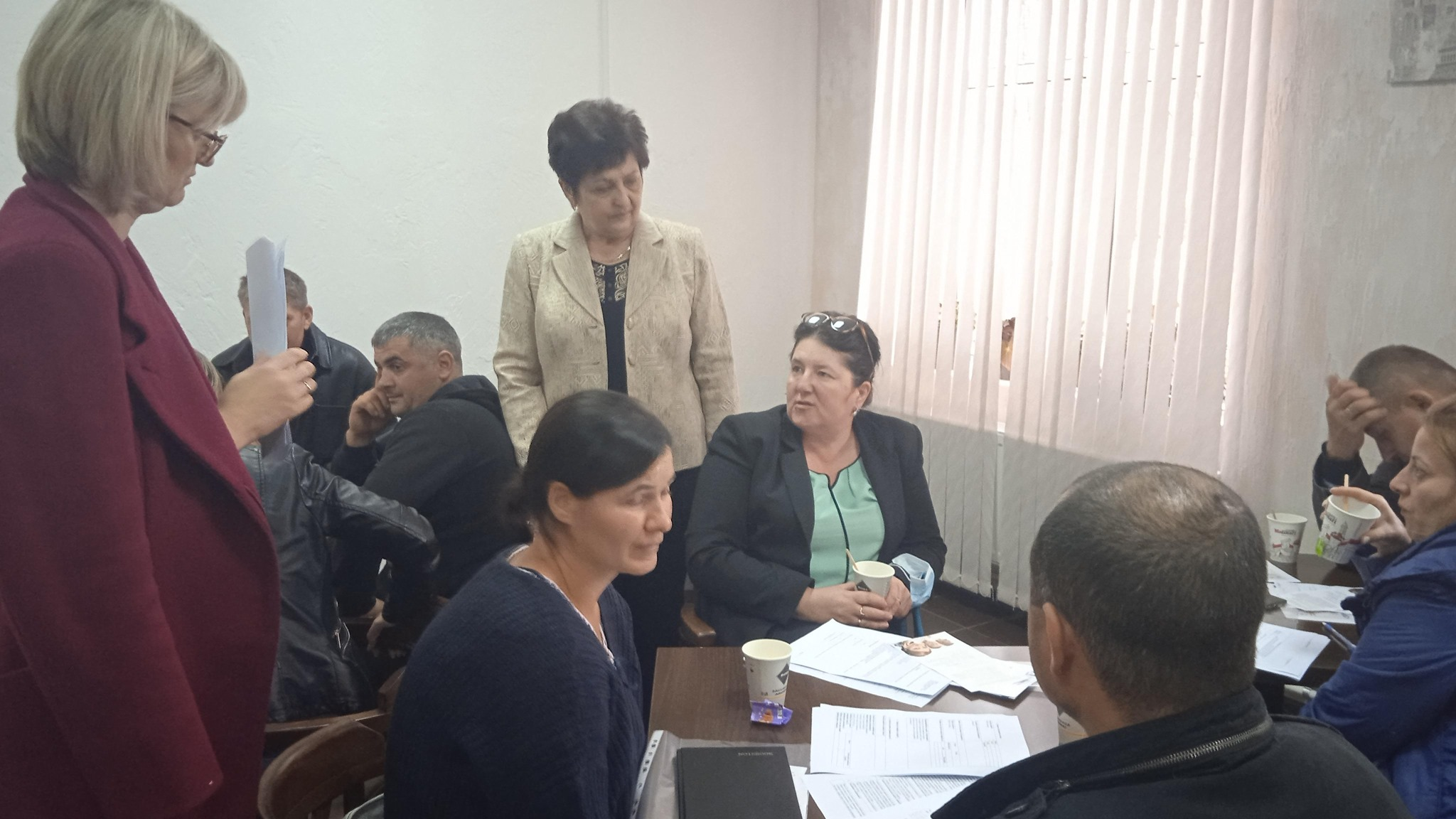 Galina Zavorotnâi cu Silvia Botnari explică principiile subvenţiionării locurilor de muncă